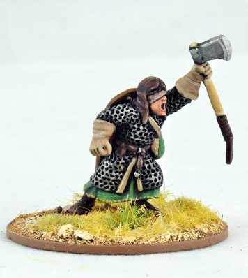CRU01b  Warlord with Double Handed Axe (1)