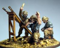 TURK06 Trench Catapult and 3 Crew (Fixed Heads)