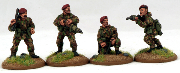 FWB09 British Troops (Platoon Command) (4)